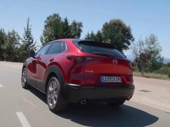В России появится Mazda CX-30 с одним двигателем