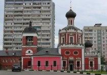 Загадочный стрелок более пяти лет обстреливает храм Живоначальной Троицы в Конькове