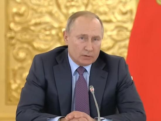 Путин прокомментировал присвоение Героев России воевавшим с Россией Кадыровым