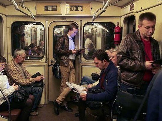 Территорию под кольцевую линию метро Петербурга спланируют через год