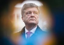 Эксперт объяснил попытку лишить Порошенко неприкосновенности: «Чтобы не трогал Зеленского»