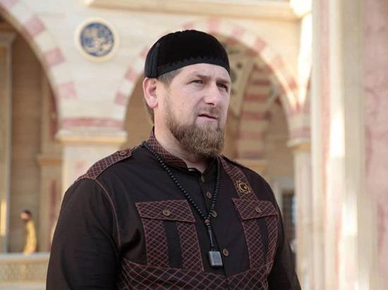 Кадыров жестко ответил Сокурову про награждение званием Героя России