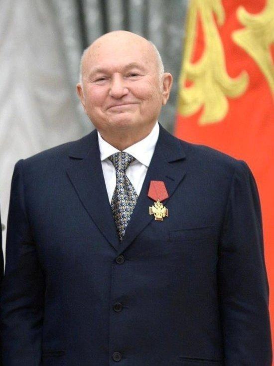 Одну из улиц Симферополя предложили назвать в честь Лужкова