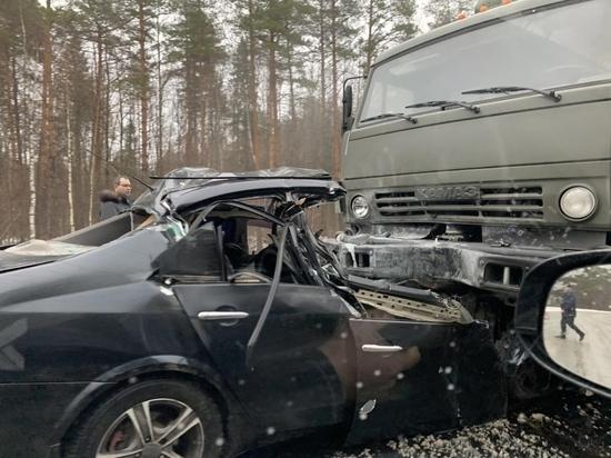 Водитель Nissan погиб в лобовом ДТП с КамАЗом в Чувашии