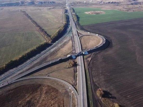 На въезде на новый платный участок в районе села Шестаково заканчивается обустройство терминала