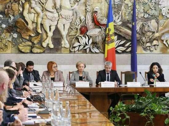 З. Гречаный: Приоритетом властей является борьба с коррупцией