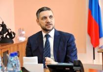 Губернатор Забайкальского края Александр Осипов поздравил забайкальцев с Днем Конституции