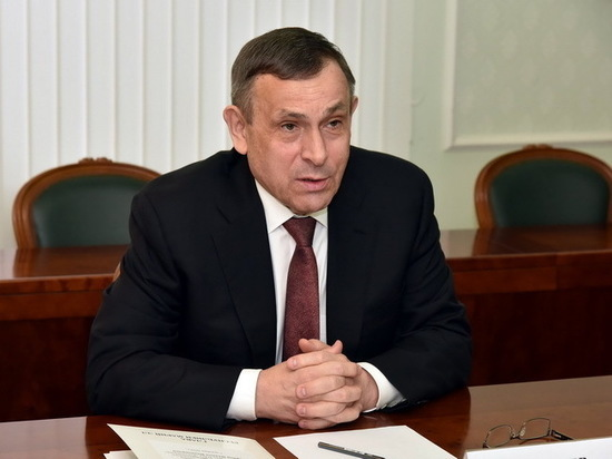 Александр Евстифеев поздравил Марий Эл с Днем Конституции