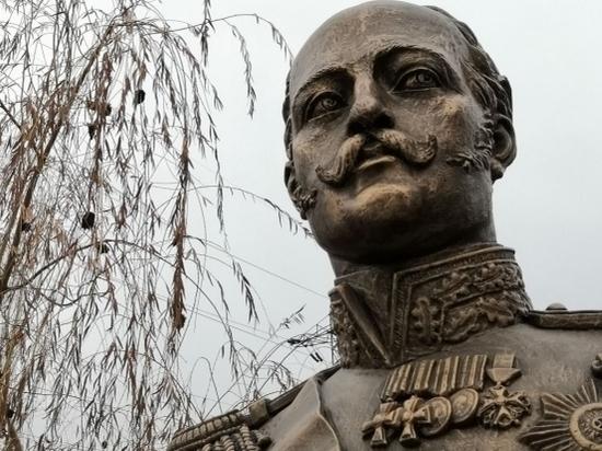 Бюст Николая I появился в Волгограде