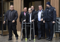 Обвиняемый в домогательствах Харви Вайнштейн заключил сделку с жертвами