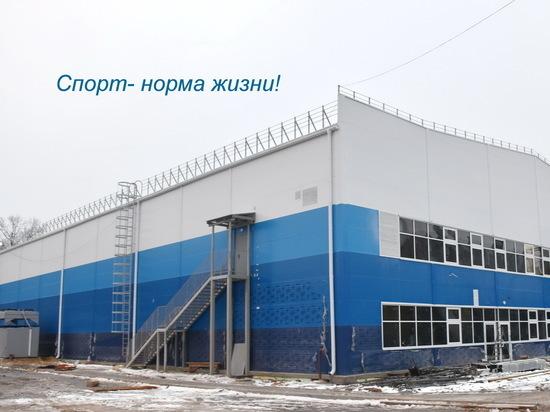 В Чебоксарах продолжается строительство регионального центра по хоккею