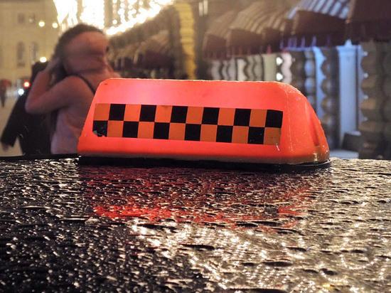 """Подробности расстрела такси в Москве: грабили """"челночников"""", приехавших за игрушками"""