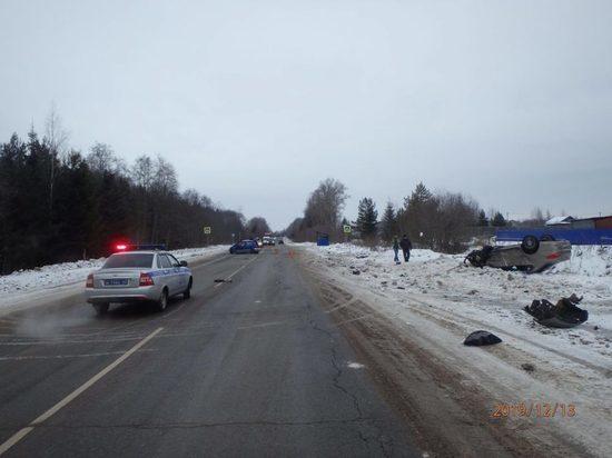 В Кирово-Чепецком районе на трассе погибла женщина