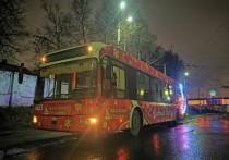 Новогодний троллейбус вышел на улицы Калуги