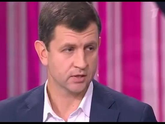 Мэр Калуги рассказал Гордону и Барановской, почему люди живут в аварийном доме