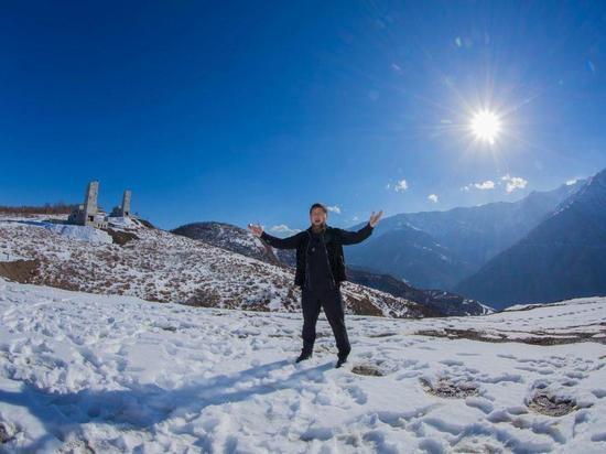 На курорте «Ведучи» в Чечне укладывают покрытие для катания на лыжах