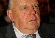 Первый лидер независимой Белоруссии Станислав Шушкевич выступил с резкой критикой в адрес людей, считающих, что в 90-х годах из страны не следовало вывозить ядерное оружие