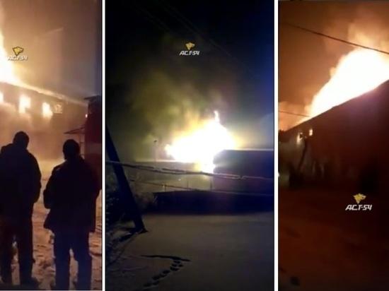 В Новосибирской области сгорел склад пуха: там было новое оборудование