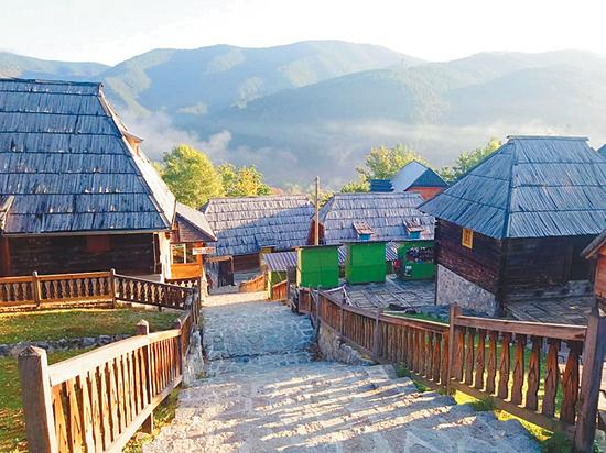 Балканский узелок на память