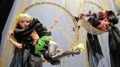 Космическую диву на шарнирах показали в Москве на кукольной выставке