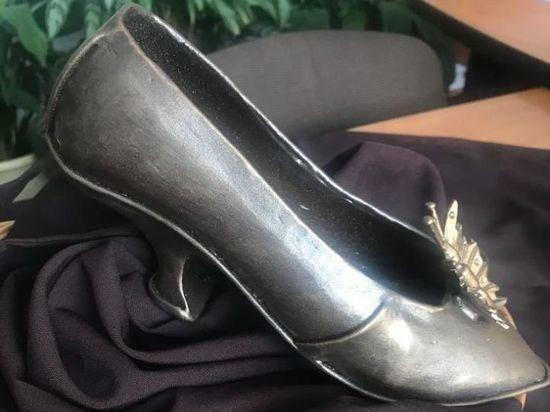 В Майкопе установят арт-объект в виде туфельки Золушки