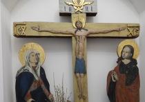 В доме-музее декабристов Новоселенгинска временно хранится уникальная реликвия — Животворящий крест из Спасского собора Старого Селенгинска