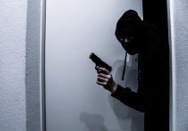 На Савушкина вооруженные преступники ограбили банк