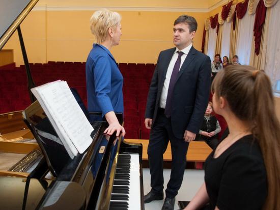 В Ивановском музыкальном училище появились новые инструменты