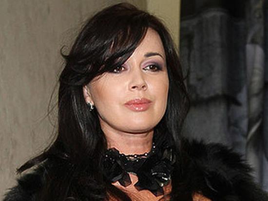 Близкие Заворотнюк показали преследующих актрису мужчин