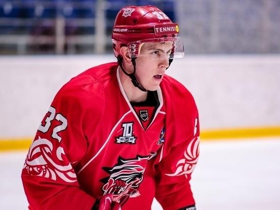 Хоккеист «Ростова» получил травму позвоночника в матче против «Челмета»