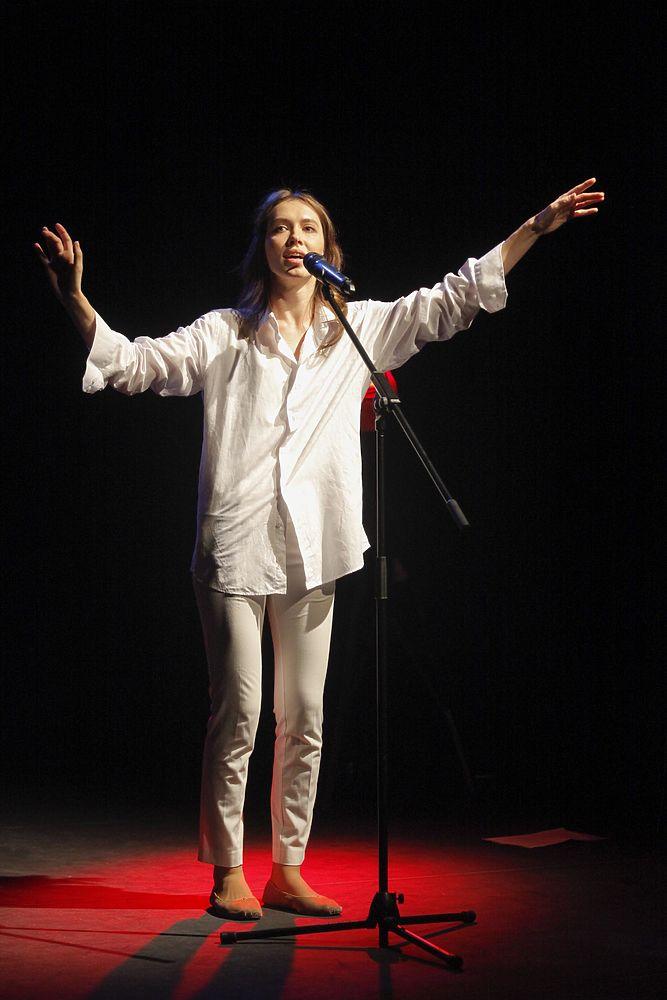 В Москве вручили ежегодную премию современным авторам-драматургам: кадры награждения
