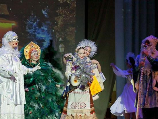 На сцене филармонии: новогодняя сказка в исполнении ансамбля «Русь»