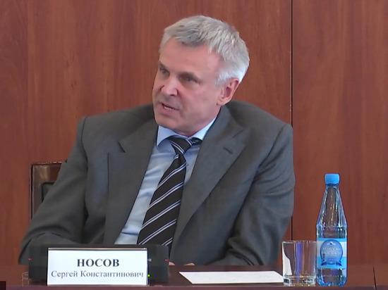 Губернатор Колымы отправил чиновников считать постельное белье в больнице