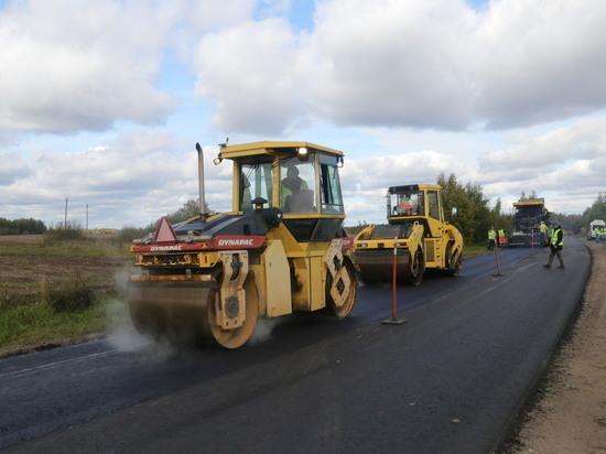 Разметка боем: программа дорожных работ Тверской области напоминает наступательную операцию