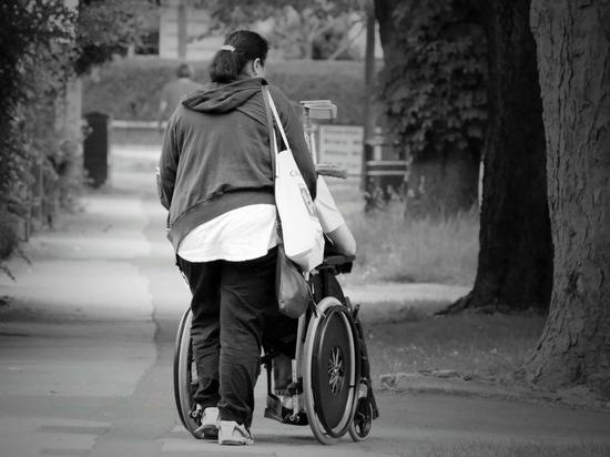 Разработана программа обучения для будущих опекунов инвалидов