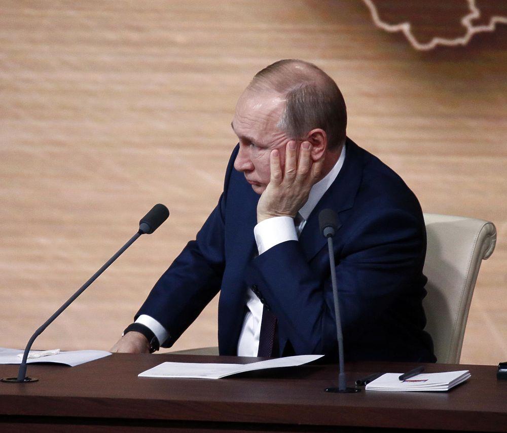 Лицо Путина на пресс-конференции выражало противоречивые чувства