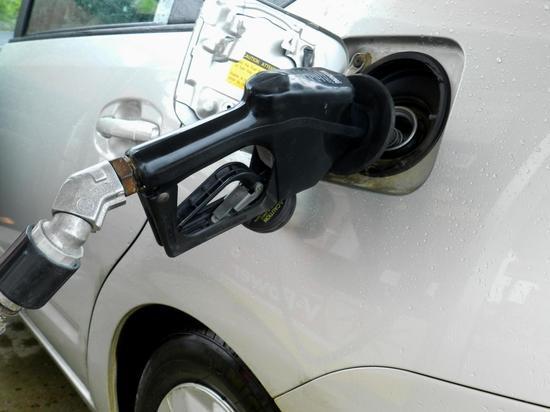 Эксперт предсказал скорое подорожание бензина