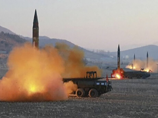КНДР провела новые военные испытания