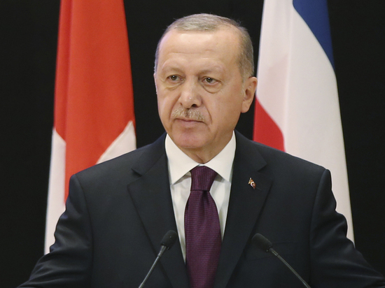 Эрдоган пригрозил ответить США на санкции против