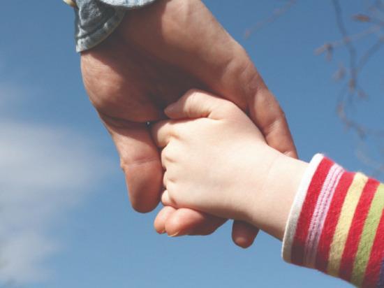 Жителя Ивановской области, излечившегося от наркомании, восстановили в родительских правах