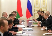 После шантажа Путина Лукашенко получил нефтегазовую «конфету»