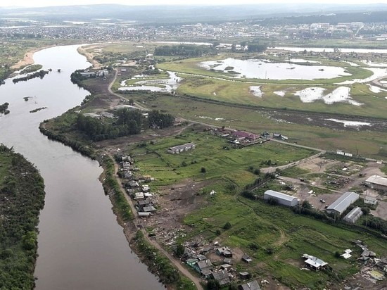 Трое рабочих погибли при обвале грунта на месте наводнения в Тулуне