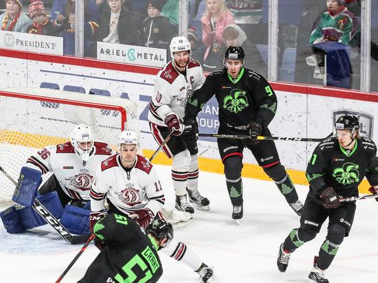 День драк в КХЛ: в Казани бились до крови
