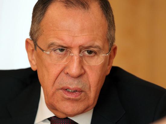 Лавров: Зеленский отказался от полного отвода войск в Донбассе