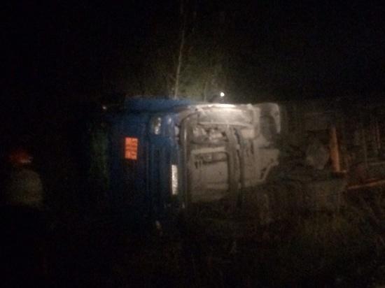 В Ивановской области перевернулся автомобиль с цистерной