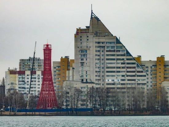 На берегу Воронежского водохранилища впервые зажегся новый маяк