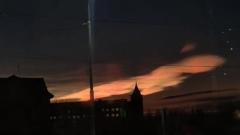 «Что-то апокалиптичное»: перламутровые облака засняли в Салехарде