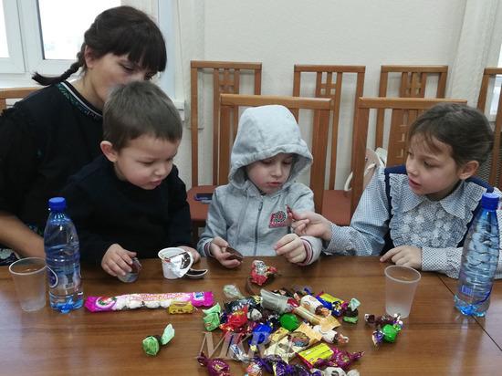 Дегустацию подарков губернатора для малоимущих семей провели в Забайкалье