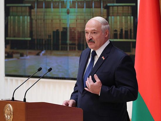 Лукашенко назвал Запад и НАТО гарантами целостности Белоруссии