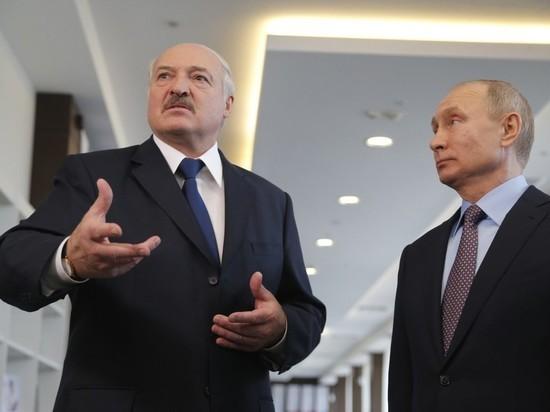 Лукашенко пообещал не пустить вражеские танки на Москву